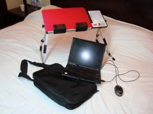 portable-desk-multifungsi 6